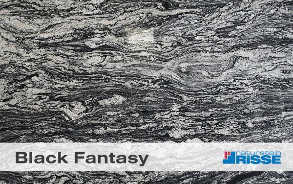 black_fantasy_vorschau_risse_blog